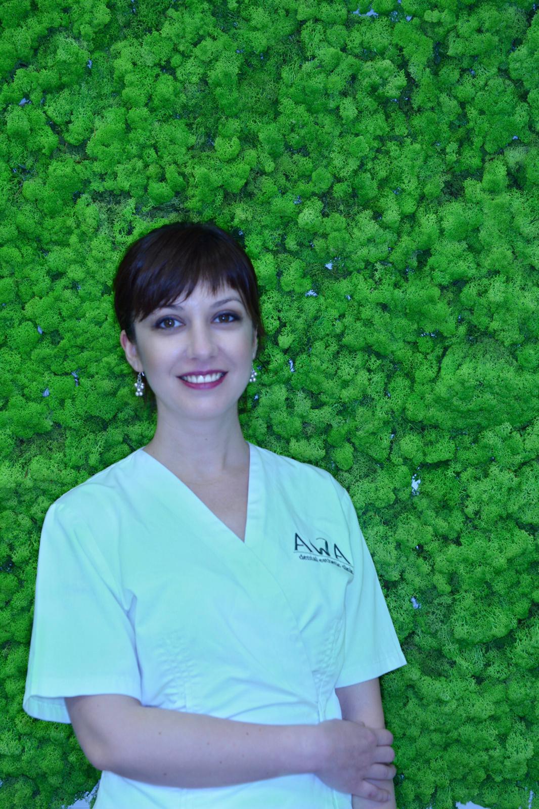 Dr. Denisa Trouchet